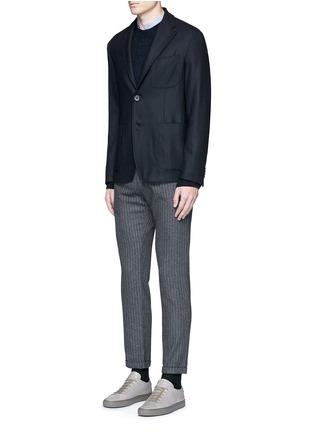 模特儿示范图 - 点击放大 - BARENA - 竖纹卷边混羊毛及踝裤