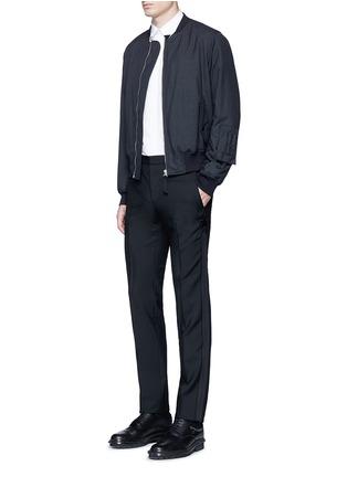 模特儿示范图 - 点击放大 - GIVENCHY - 星形条纹拼接混羊毛长裤