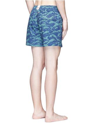 背面 - 点击放大 - Māzŭ - PHILIPPINE SEA海浪印花游泳短裤