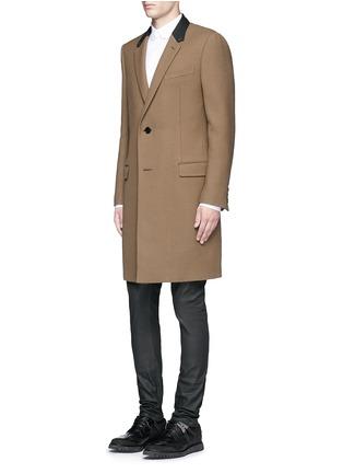 模特儿示范图 - 点击放大 - BALENCIAGA - 铆钉扣纯棉府绸衬衫
