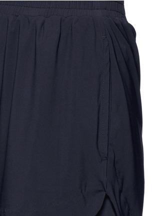 细节 - 点击放大 - KORAL - LOOP波浪围边运动短裤