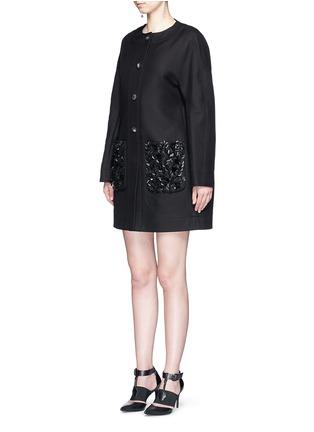 模特示范图 - 点击放大 - BALENCIAGA - 叶片珠饰纯棉大衣