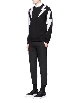 模特儿示范图 - 点击放大 - NEIL BARRETT - 拼色闪电图案卫衣