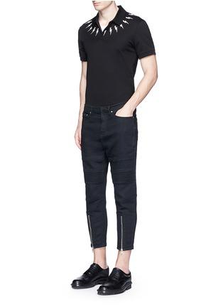 模特儿示范图 - 点击放大 - NEIL BARRETT - 闪电印花纯棉POLO衫