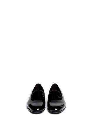 模特示范图 - 点击放大 - GIORGIO ARMANI SHOES - 漆皮乐福鞋