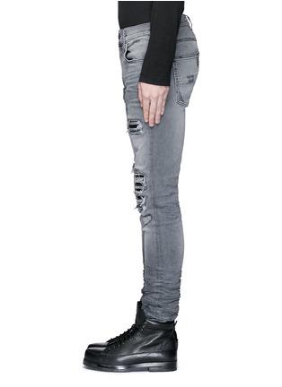 细节 - 点击放大 - Amiri - 磨破补丁修身牛仔裤