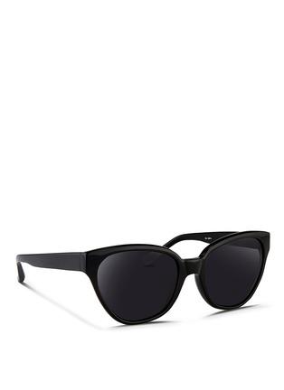 模特儿示范图 - 点击放大 - 3.1 PHILLIP LIM - 單色WAYFARER太阳眼镜