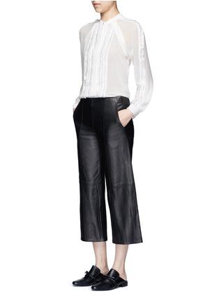 模特儿示范图 - 点击放大 - 3.1 PHILLIP LIM - 须边条纹真丝雪纺衬衫