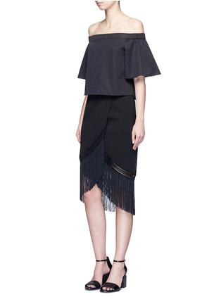 模特儿示范图 - 点击放大 - NICHOLAS - 流苏裙摆高腰半身裙