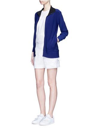 模特儿示范图 - 点击放大 - NORMA KAMALI - 拼接设计两面穿夹克