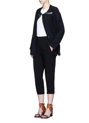模特儿示范图 - 点击放大 - ISABEL MARANT - GLASCO牛皮搭带竖纹绗缝夹克