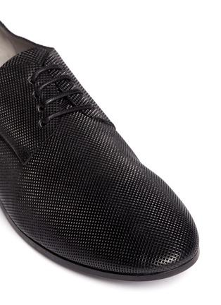 细节 - 点击放大 - MARSÈLL - COLTELLO激光切割真皮平底鞋