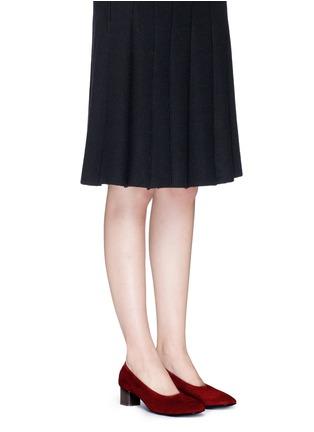 模特示范图 - 点击放大 - CLERGERIE - POKET花纹方跟高跟鞋
