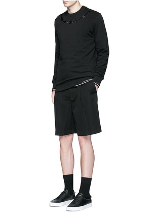模特儿示范图 - 点击放大 - GIVENCHY - 荊棘刺绣纯棉卫衣