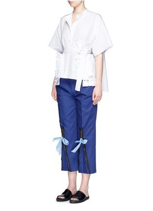 模特示范图 - 点击放大 - PORTS 1961 - 拉链蝴蝶结装饰纯棉七分裤