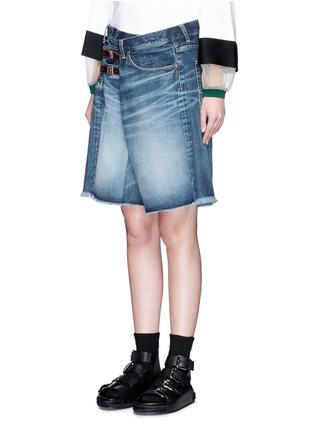 正面 - 点击放大 - FACETASM - 水洗搭带须边牛仔短裤