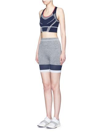 模特示范图 - 点击放大 - LNDR - Cadet针织单车短裤