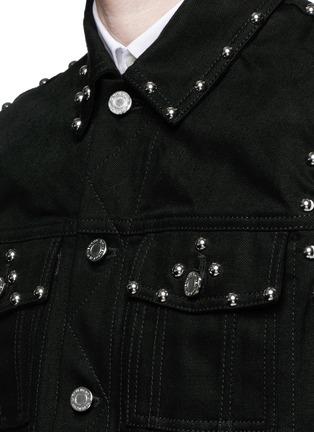细节 - 点击放大 - GIVENCHY - 铆钉装饰牛仔马甲