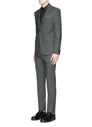 模特儿示范图 - 点击放大 - GIVENCHY - 条纹五角星刺绣纯棉衬衫