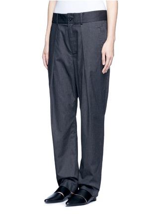 细节 - 点击放大 - FFIXXED STUDIOS - 中性款褶裥设计低裆长裤