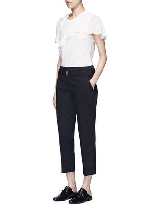 模特示范图 - 点击放大 - 3.1 PHILLIP LIM - 单色卷边棉质八分裤