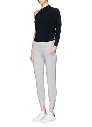 模特儿示范图 - 点击放大 - NORMA KAMALI - 混色棉质九分长裤