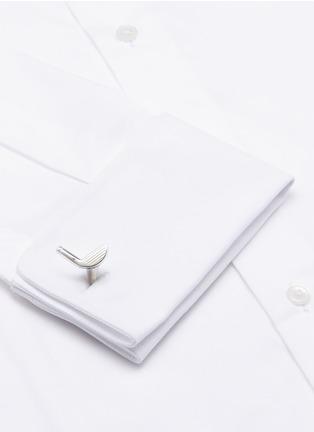 模特儿示范图 - 点击放大 - DEAKIN & FRANCIS - 高尔夫球造型纯银袖扣
