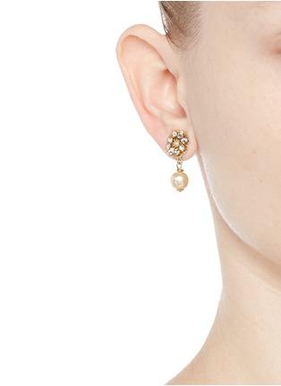 模特示范图 - 点击放大 - MIRIAM HASKELL - 花卉造型垂坠耳环