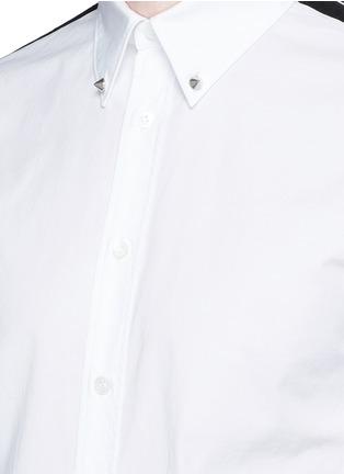 细节 - 点击放大 - ALEXANDER MCQUEEN - 条纹拼贴棉质短袖衬衫
