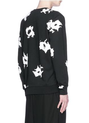 背面 - 点击放大 - MC Q - 抽象印花纯棉卫衣