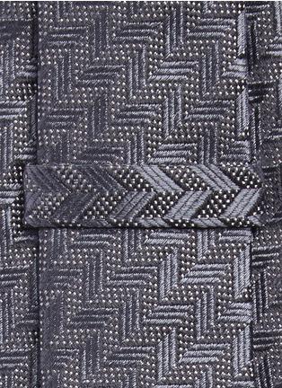 细节 - 点击放大 - ARMANI COLLEZIONI - 几何及圆点图案真丝领带
