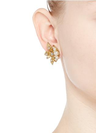 模特示范图 - 点击放大 - MIRIAM HASKELL - 叶片造型玻璃珍珠耳环