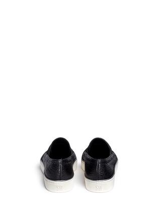 背面 - 点击放大 - STUART WEITZMAN - Flex弹力布拼贴荔枝纹皮平底便鞋