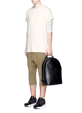 模特儿示范图 - 点击放大 - NLST - 长款纯棉T恤