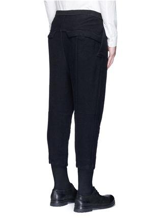 背面 - 点击放大 - THE VIRIDI-ANNE - 低档褶裥纯棉七分裤