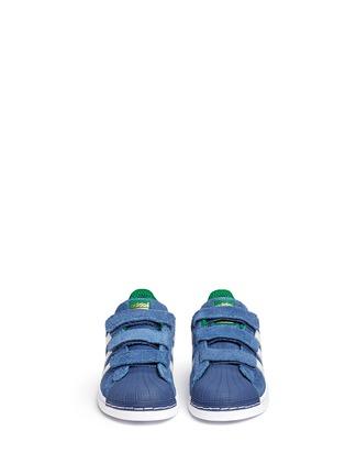 模特示范图 - 点击放大 - BONPOINT - x adidas SUPERSTAR儿童款运动鞋
