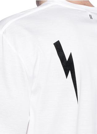 细节 - 点击放大 - NEIL BARRETT - Thunderbolt sculpture print T-shirt