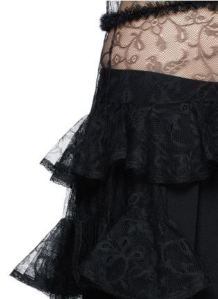 细节 - 点击放大 - Alexander McQueen - 荷叶边花卉蕾丝透视连衣裙