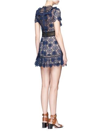 背面 - 点击放大 - SELF-PORTRAIT - 镂空编织立体花卉蕾丝拼接连衣裙