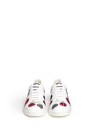正面 - 点击放大 - Alexander McQueen - 骷髅头造型刺绣拼贴低筒运动鞋