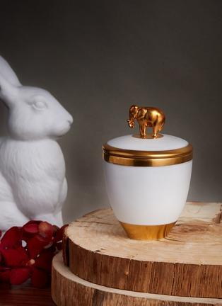 - L'OBJET - 镀金大象雕饰香氛蜡烛