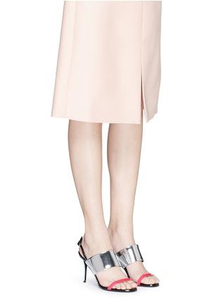 模特示范图 - 点击放大 - GIUSEPPE ZANOTTI DESIGN - 拼色搭带漆皮高跟凉鞋
