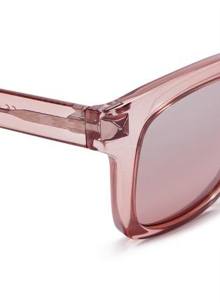 细节 - 点击放大 - Valentino - WAYFARER款铆钉太阳眼镜
