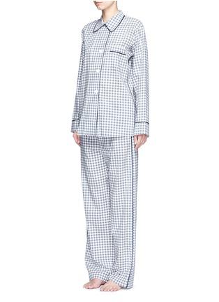 模特儿示范图 - 点击放大 - ARAKS - Kate格纹纯棉睡衣
