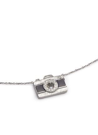 模特儿示范图 - 点击放大 - BAO BAO WAN - 白色18K金钻石照相机项链