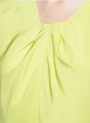 细节 - 点击放大 - OSCAR DE LA RENTA - 单色罗缎真丝上衣