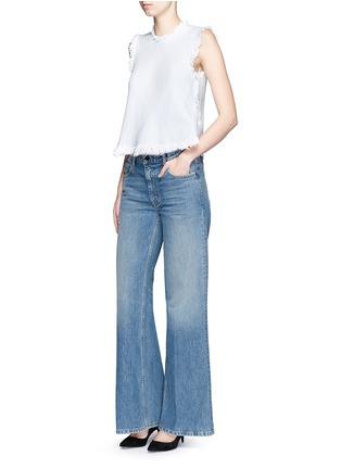 模特示范图 - 点击放大 - T BY ALEXANDER WANG - RAVE水洗阔腿牛仔裤