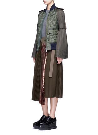 模特儿示范图 - 点击放大 - SACAI - 拼色百褶羊毛半身裙
