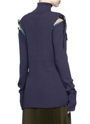 背面 - 点击放大 - MUVEIL - 拼色蝴蝶结高领针织衫