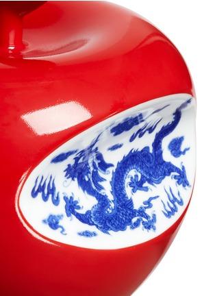 细节 - 点击放大 - LI LIHONG - 限量版陶瓷苹果摆件